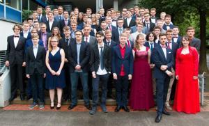 73 Schülerinnen und Schüler des Beruflichen Gymnasium Technik und Informatik legen ihre Abiturprüfung ab.